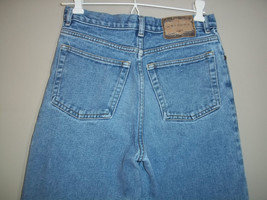 Arizona Relaxed Jeans Med Wash Blue Cotton Girls Size 16 Regular - $12.86