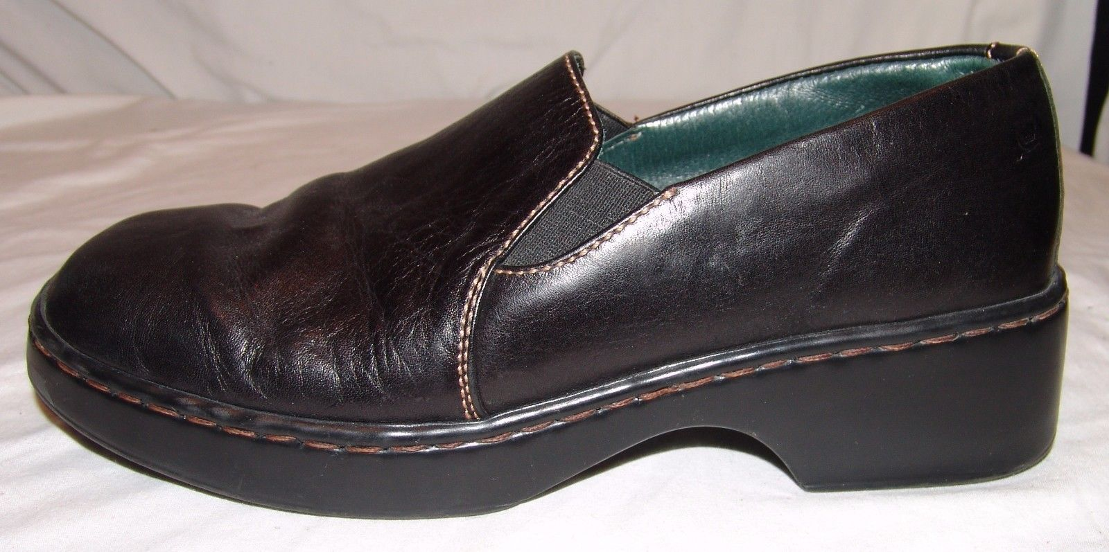 Born Black Leather Slip On Shoes Womens 8 1/2 M W 8.5 Square Toe Classic