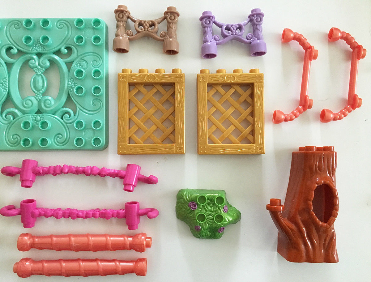 Mega Bloks Cinderella's Garden Disney and 50 similar items
