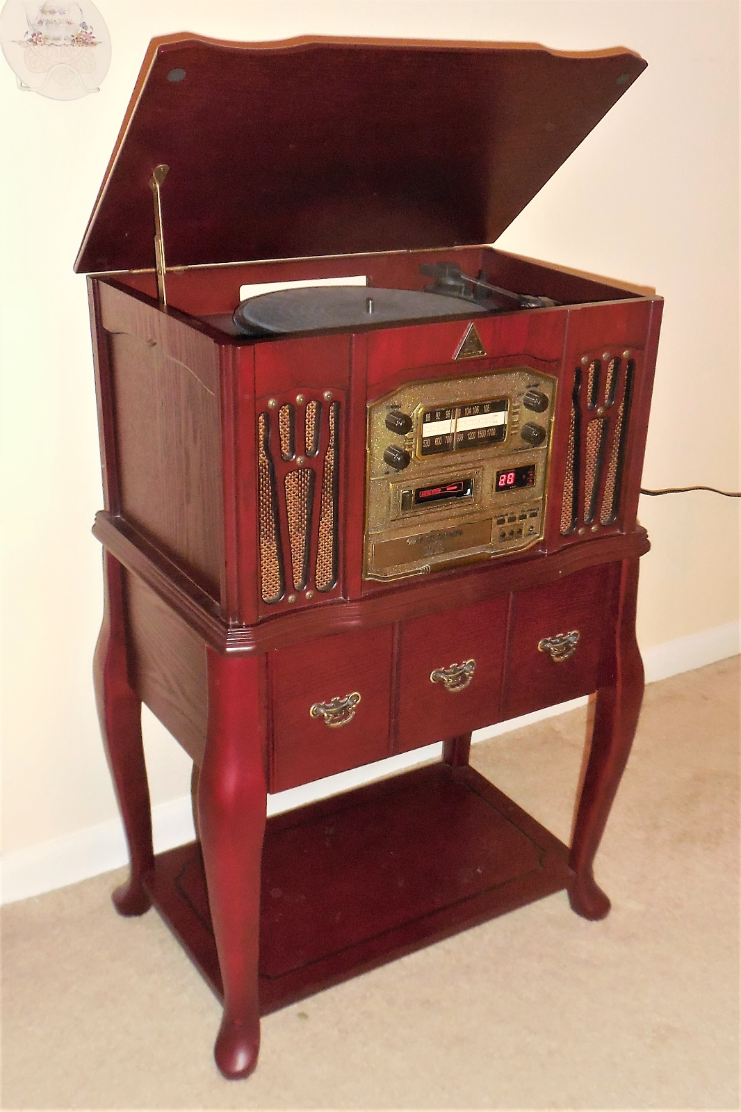 Primary image for Stereo Turntable CD Player Cassette AM/FM Radio Chery Finish Wood Furniture