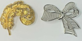 VTG Signed Monet Polished Gold Tone Metal Ostrich Feather Brooch Silver ... - $14.20