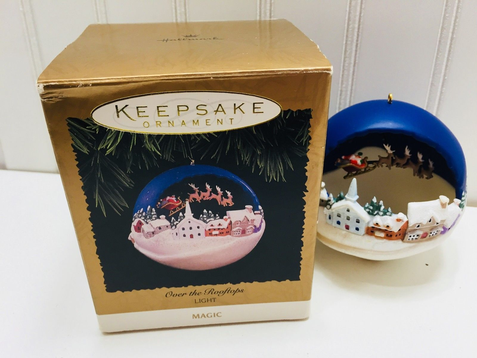 Primary image for 1996 Hallmark Keepsake Ornament Over the Rooftops Light Magic 22729