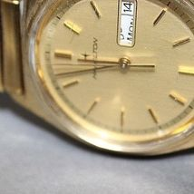 Hamilton quartz vintage day date gold plated nice watch image 4