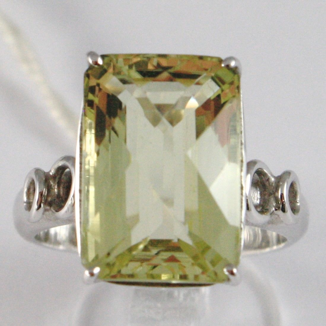 WHITE GOLD RING 750 18K, QUARTZ LEMON CARAT 9.5, CUT CUSHION RECTANGULAR