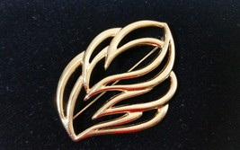 Vintage Signed Designer Monet Gold Tone  2 5/16 Inch Abstract Leaf Brooc... - $24.99