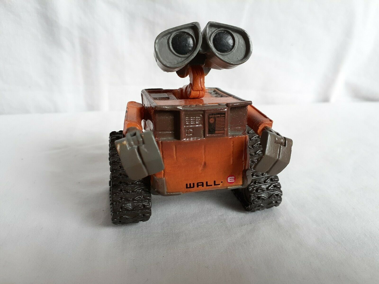 "Primary image for Disney Pixar Wall-E 2.5"" Action Figure Wall E Robot Buy n' Large"