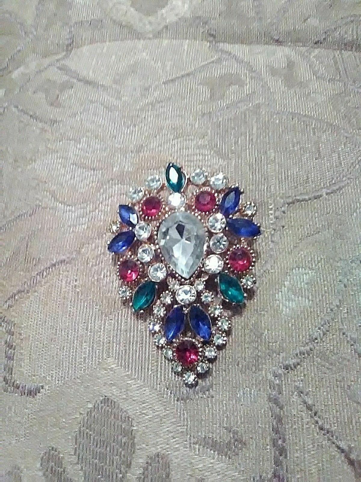 Primary image for VINTAGE GOLDEN PIN BROOCH PEAR SHAPED MULTI COLOR FAUX JEWEL CLUSTER