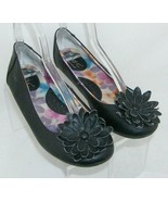 B.O.C. Born Concept black man made C34709 floral slip on ballet flats 7 38 - $23.95