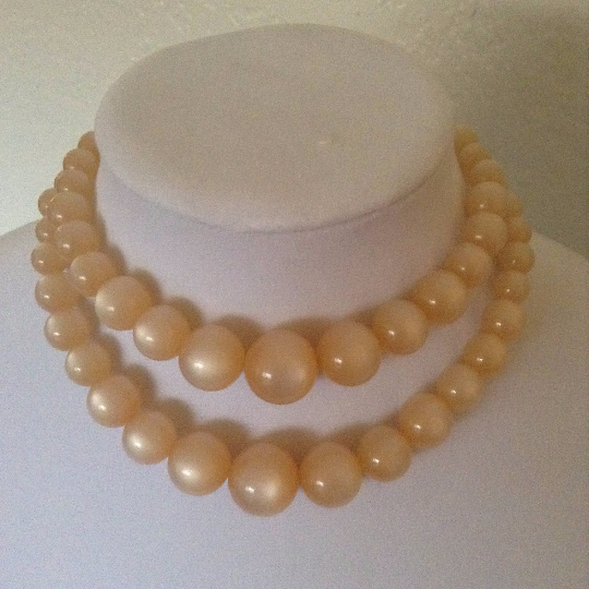 Primary image for Vintage Opalescent Chunky Round Beaded Double Strand Fashion Necklace