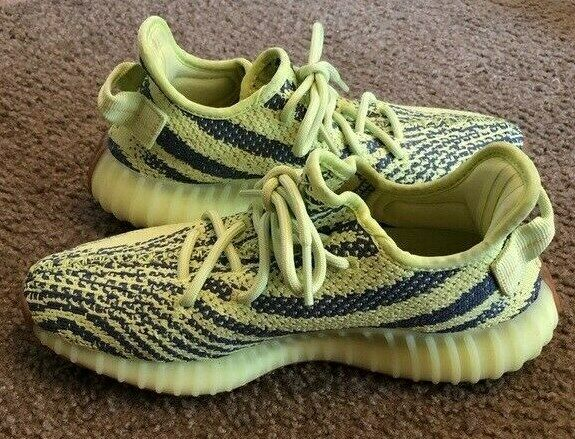 NEW ADIDAS YEEZY 350 V2 SEMI FROZEN YELLOW B37572 BRAND NEW IN THE BOX image 3