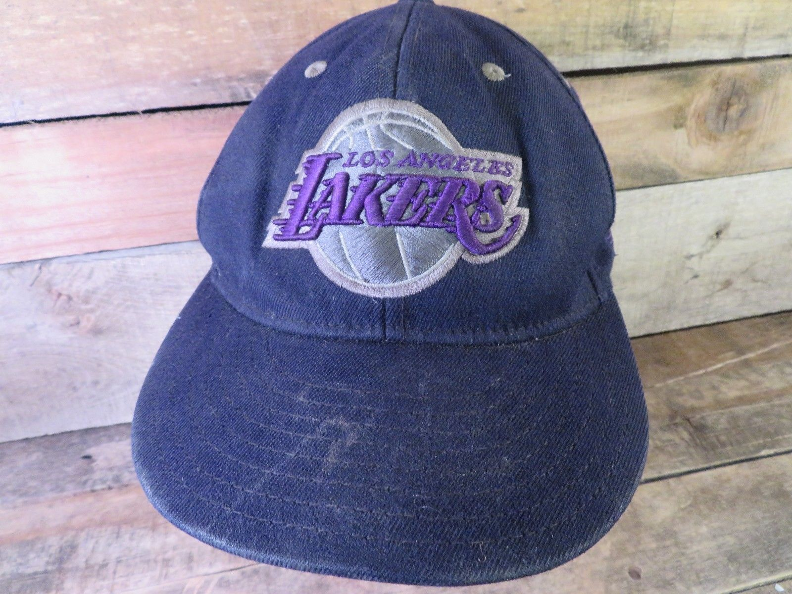 Los Angeles LAKERS Adidas NBA Fitted Size L/XL Baseball Hat Adult Cap