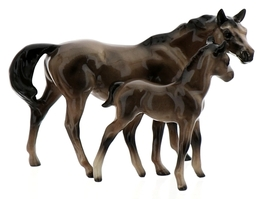 Hagen-Renaker Miniature Ceramic Horse Figurine Thoroughbred Mare and Colt Set  image 2