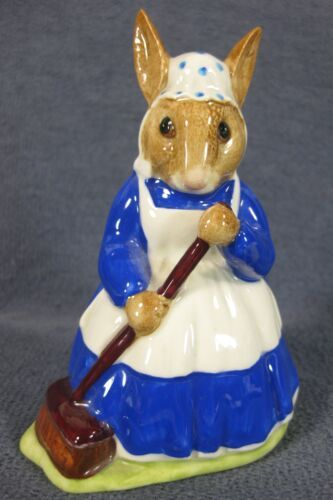 Royal Doulton Mrs Bunnykins Clean Sweep DB6 England Vintage Retired Earthenware