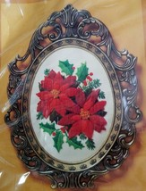 Vtg Tapestry Poinsettias Crewel Embroidery Kit 2302 Creative Circle 1983... - $38.99