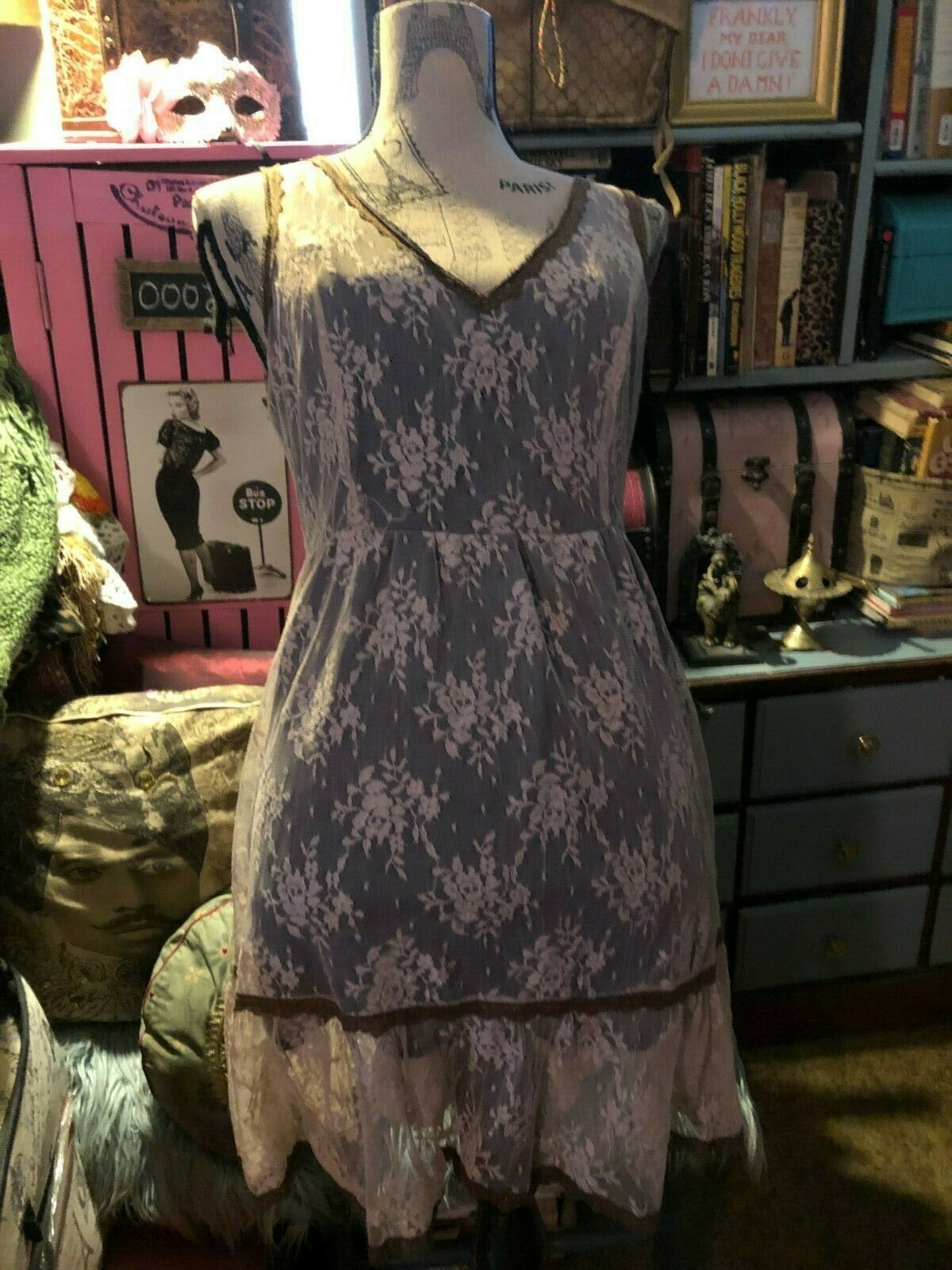 FOREVER 21 Charming Dusty Cream Lavender Lace Boho  Dress Size 1