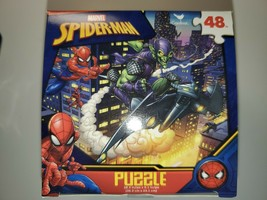 Marvel Universe Spider-Man and The Green Goblin 48 Piece Puzzle - New 2020 - $9.89