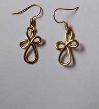 Gold wire design dangle earrings - $10.00