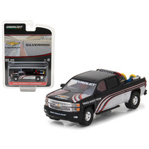 2015 Chevrolet Silverado Pickup Truck with Safety Equipment \Hobby Exclu... - $13.06