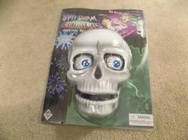 New-Spit and Scream Halloweeners Motion Sensor Skull Halloween Decoration - $19.79
