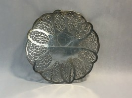 VINTAGE International Silver Co Silver Plate Extendable Footed Tray / Pl... - $37.84