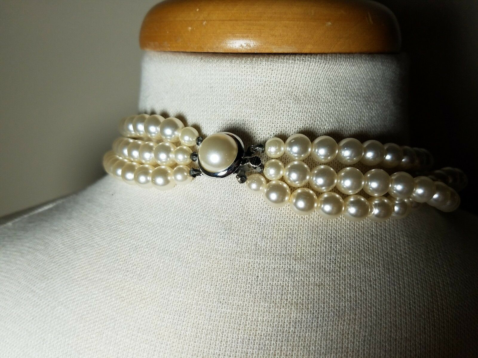 Vintage Fashion Jewelry Set Faux Pearl Clear Bead Necklace & Matching Earrings