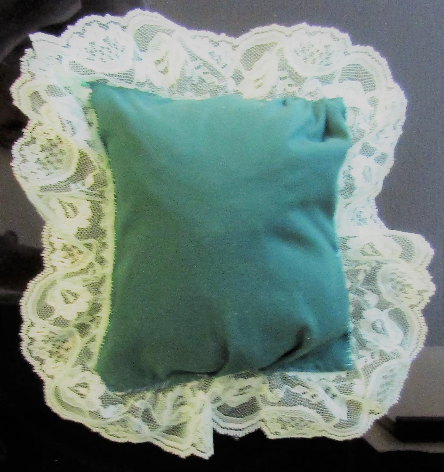 Zawadi Frog Needlepoint Pillow image 3