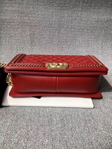 AUTHENTIC CHANEL RED QUILTED CALFSKIN 2 WAY TOP HANDLE BOY FLAP BAG RECEIPT  image 4