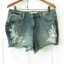 Torrid Jean Shorts Denim Size 16 Embroidered Floral Stretch Cut Off Plus... - $23.17