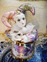 PRE-OWNED ANIMATED PIERROT CLOWN IN A DRUM MUSIC BOX: SEND IN THE CLOWNS... - $10.50