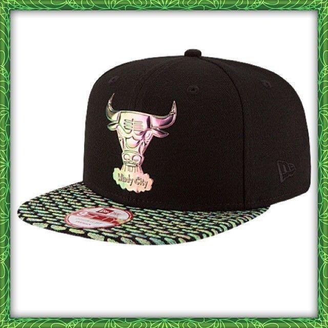 524bbb35675 S l1600. S l1600. NBA NEW ERA Chicago Bulls 9Fifty Snapback Cap Hat BLACK  FlyKnit Windy City NWT