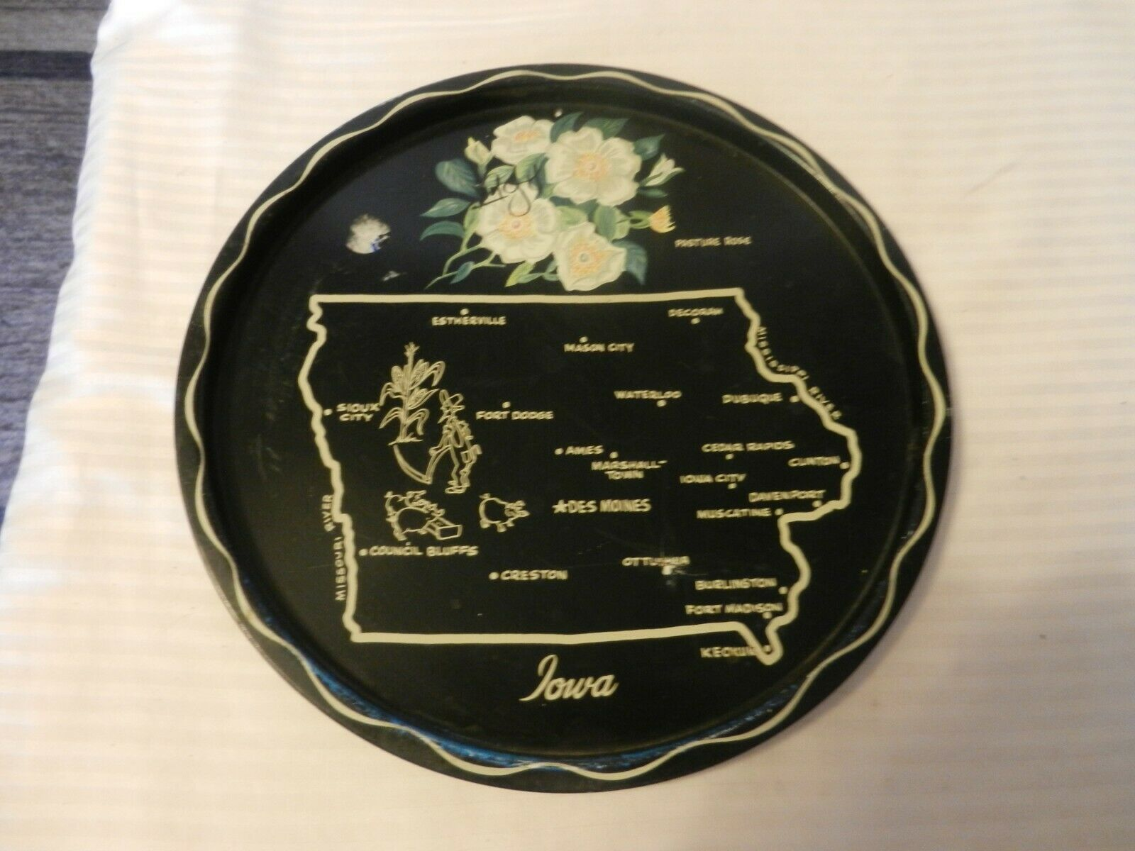 Primary image for Vintage Iowa State Map Black Metal Drink Serving Tray Platter Collectible