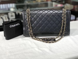 AUTHENTIC CHANEL Black Quilted Lambskin Large Flap Bag GHW image 2
