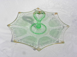 Vtg Imperial Green Dep Vaseline Glass Heart-Shaped Center Handle Sandwic... - $19.99