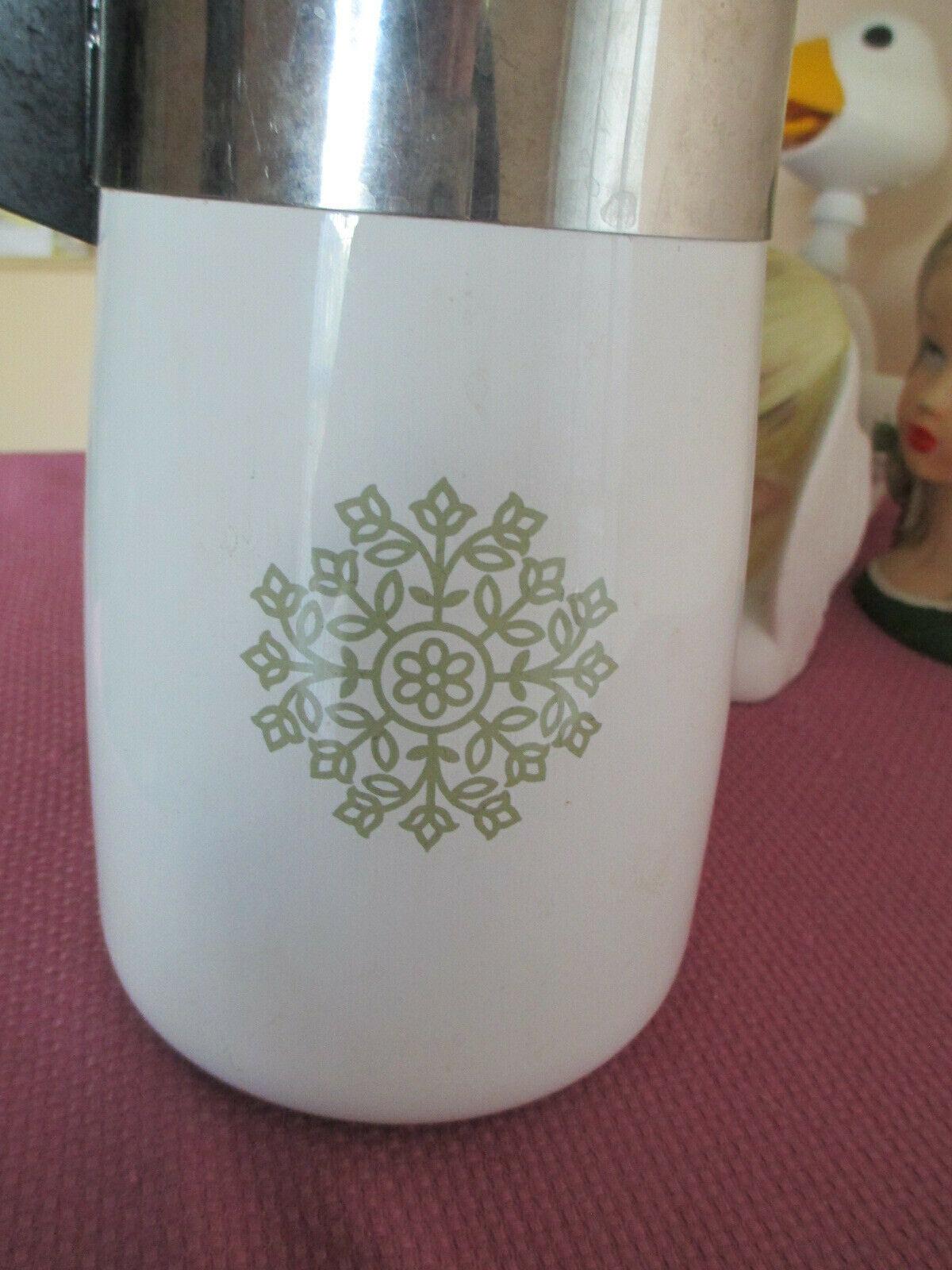 CORNING WARE 6 CUP PERCOLATOR COFFEE POT, AVOCADO MEDALLION