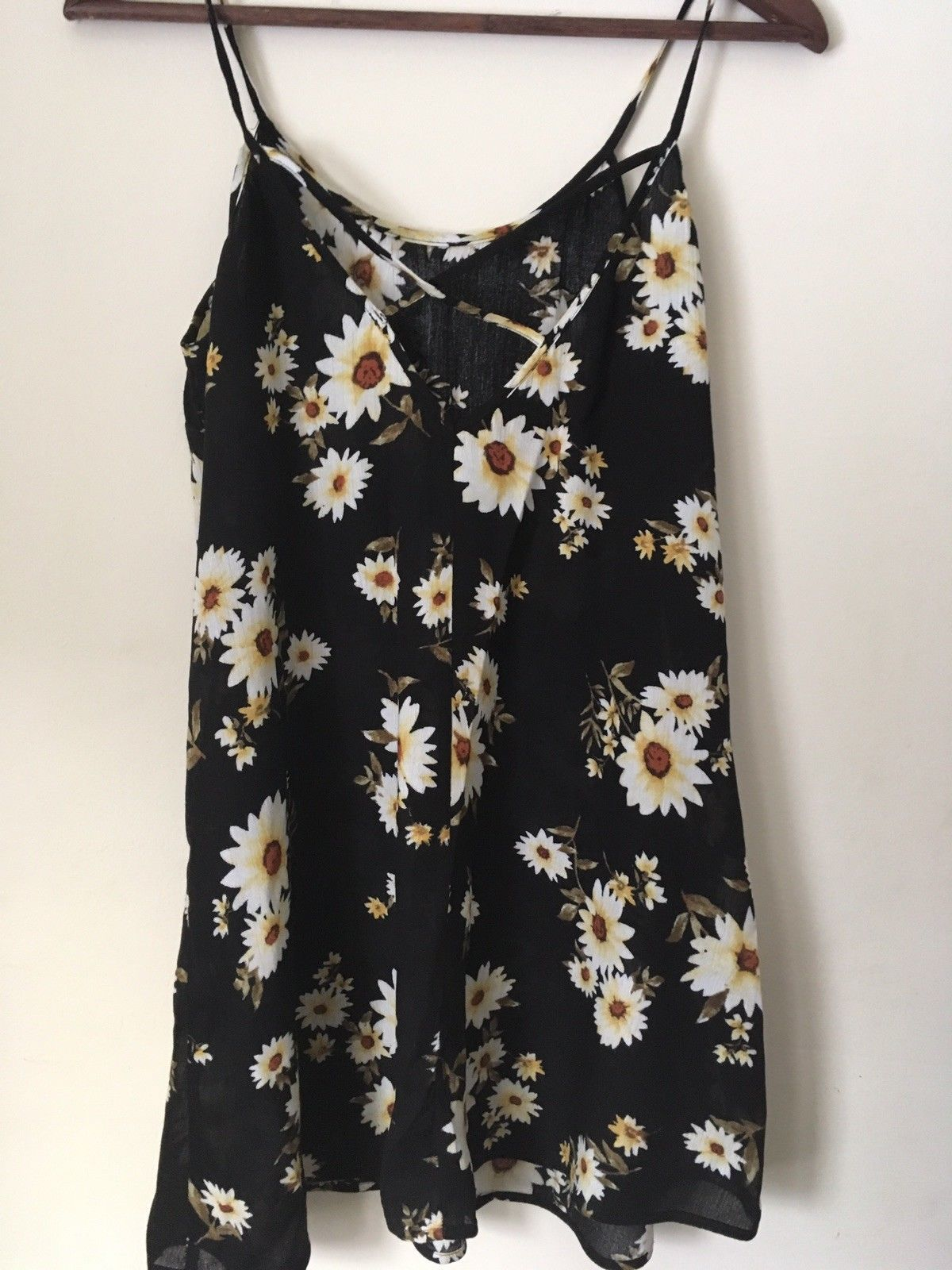 FOREVER 21 BLACK rayon dress with flowers. Size XS.