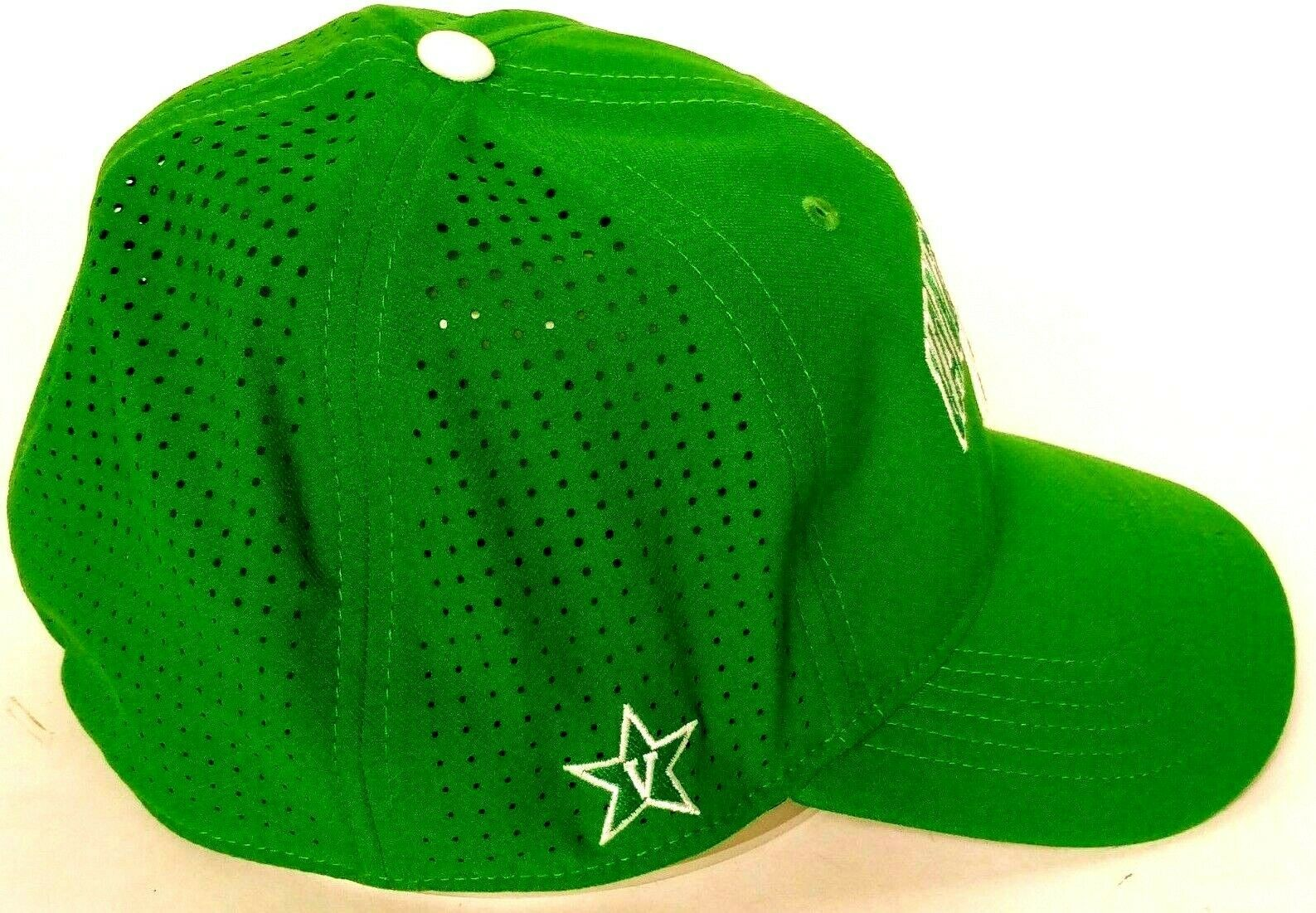 Vanderbilt University Clover Men's Green Baseball Hat Stretch Fit L/XL