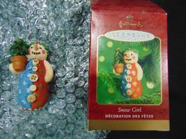 Hallmark Ornament 2000 Snow Girl Snowman - $5.93
