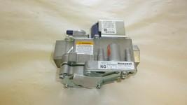Honeywell VR9205R 2363 103016-01 Natural Gas Valve - $25.99