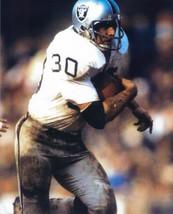 Mark Van Eeghen 8X10 Photo Oakland Raiders Picture Close Up Action - $3.95