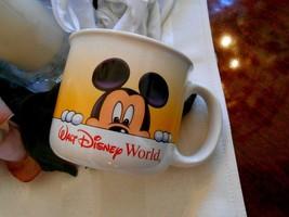 Walt Disney World Coffee Cup Peeping Mickey Mouse Large 12 oz Soup Mug Collector - $11.76