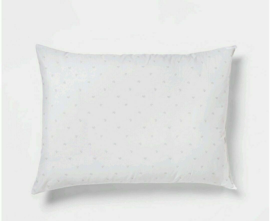 Plush Pillow Standard/Queen White - Room Essentials 20x28 Store -- NEW!