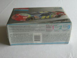 Monogram 24 Jeff Gordon Dupont Lumina 1/24 Model Car Kit Factory Sealed NEW - $16.99