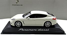 Porsche Panamera Carrera Diesel 2012 Paul's Model Art Minichamps Scale 1:43 - $59.90