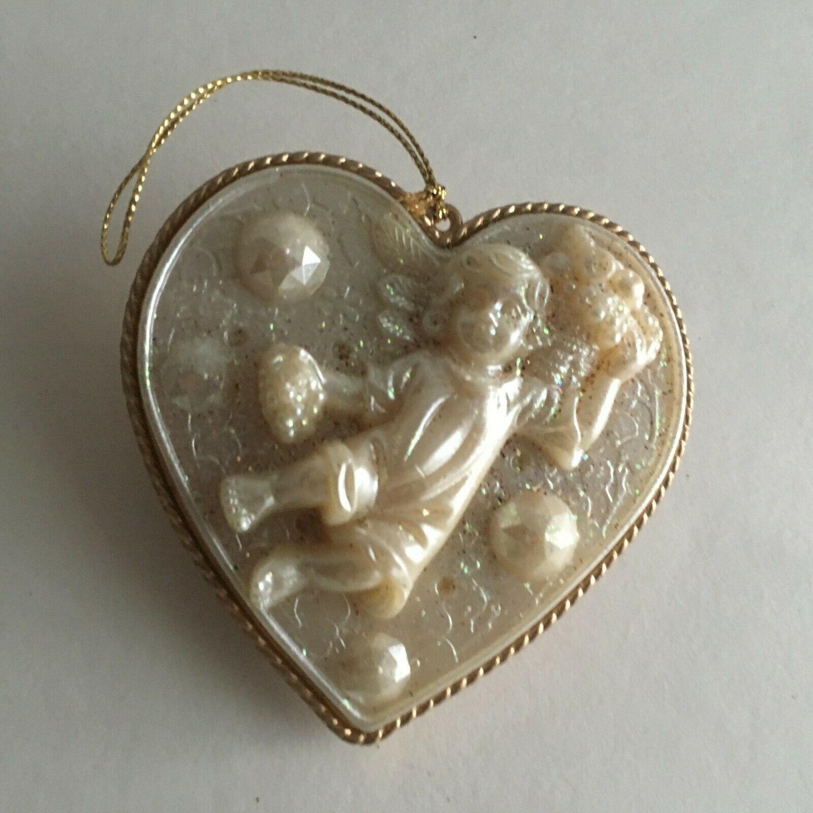 """Vintage Christmas Ornaments 4.5"""" Resin Angel Heart 4"""" Ceramic angel w/Wings 3.5"""""""