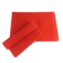 Silicone Baking Mat, Heat Resistant and Non Stick Kitchen Bakeware Pad - $15.19