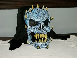 Boy Girl Scary Monster Halloween Mask Prop Pointed Teeth Trick or Treat ... - £7.64 GBP