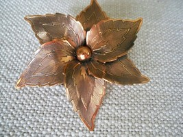 Copper Floral Pin Brooch Vintage 2.5'' Round Hand Crafted Unmarked  - $69.29