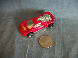 Vintage 1990 Hot Wheels Mattel Red Race Car Made in Malaysia - $1.56