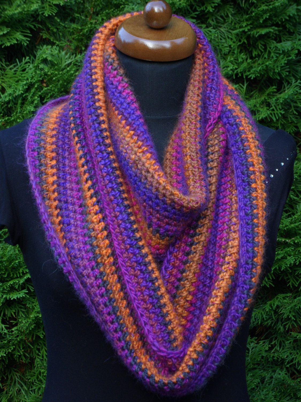 Loop scarf, Circle infinity boho scarf, Hand crochet neckwarmer, orange and lila image 3