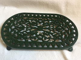 Vintage Style Large Oval Green Cast Iron TRIVET PAN STAND POT STAND  - $15.38